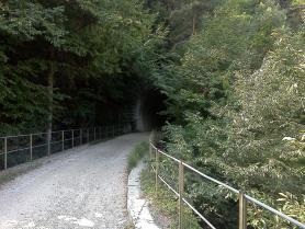 Cesta pro kola místo železnice Ferrovia della Val di Fiemme
