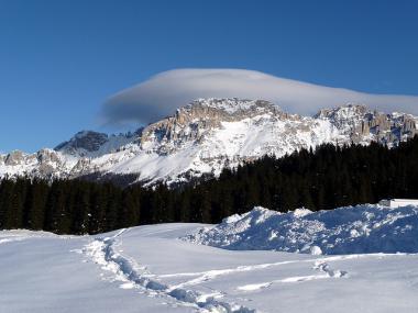 Část horského průsmyku Lavazè