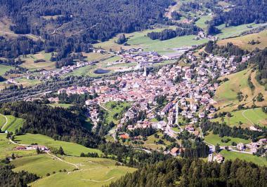 Val di Fiemme a Tesero v létě